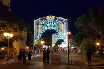 The arches of lights